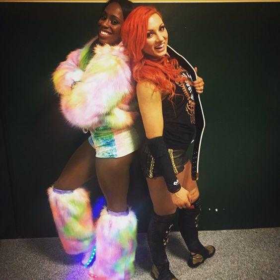 Becky Lynch & Naomi