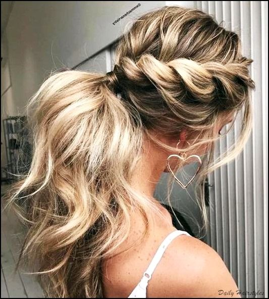 Easy And Cool Winter Hairstyle For Long Hair Formal Hairstyles For Long Hair Long Hair Styles Formal Hairstyles