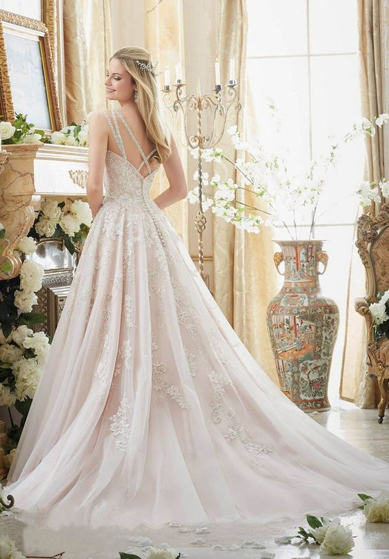 the wedding dress That I never Expect for