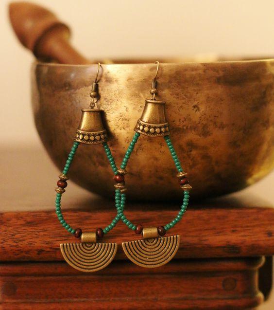 Boucles d'oreilles ethniques vertes : Boucles d'oreille par afrik-n-co