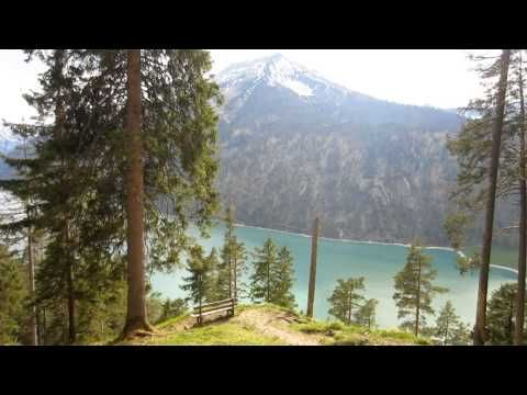 Film about Trail Running at Lake #Achensee in #Austria.  Trail from Hotel Das Kronthaler to Köglalm.  More: http://laufspass.com/laufberichte/2013/achseelauf-2013-film-01.htm