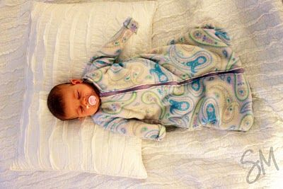 DIY sleepsack...may try this without sleeves. I like that I could pick whatever fabric I want.