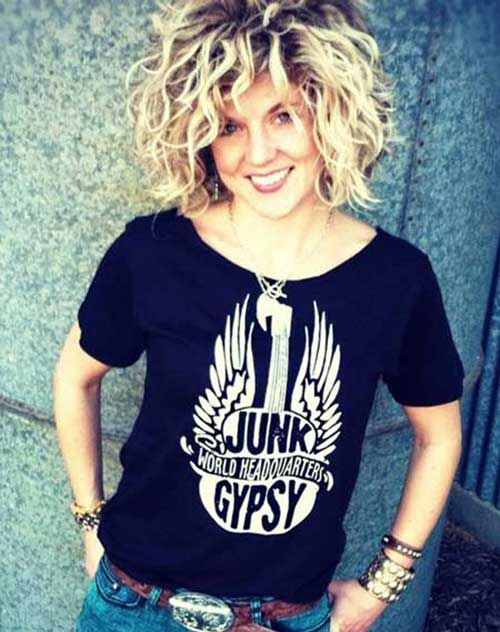 30 Curly Hairstyles for Short Hair-8