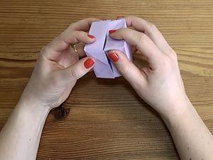 Papierschachtel falten ohne Klebstoff und Schere