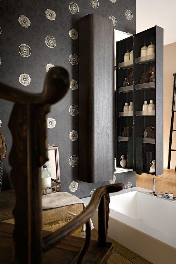 Bagno Suede con finitura laccato grigio chiaro lucido http://www.cerasa.it/it_IT/bagni/design/suede/arredare-bagno-suede-new-76