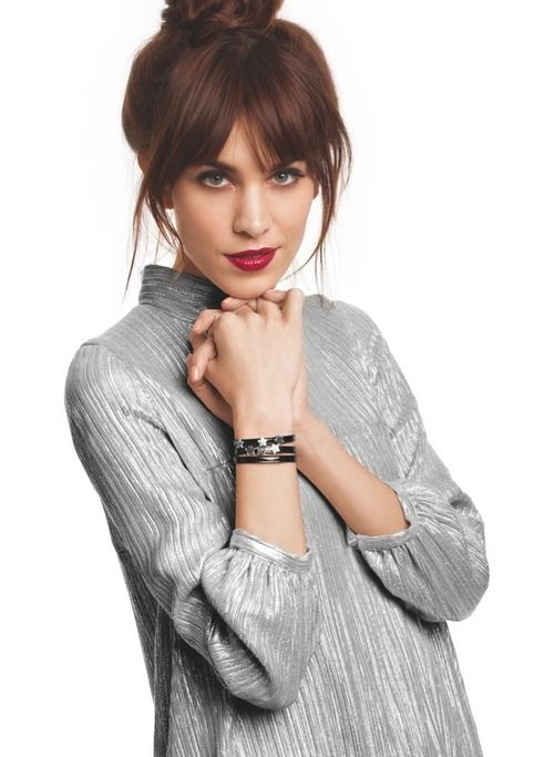 perfect hair on Alexa Chung - might need to get myself some long side fringe