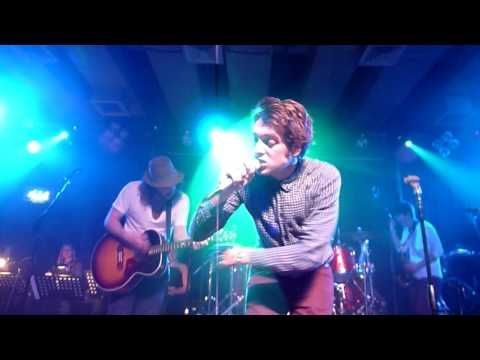"""Paolo Nutini & The VIpers LIVE """"Jenny Dont Be Hasty"""" Scala London - YouTube"""