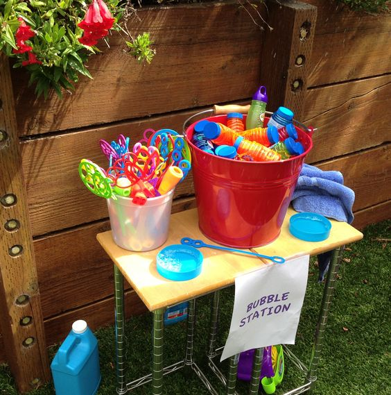 Today's Hint: 7 Affordable Activity Ideas for First Birthday Parties -- some good ideas. But since were at the community center, will probably need to check out their rules and regulations... Maybe we could do bubbles outside in the patio... Bubbles will be part if the party favors...