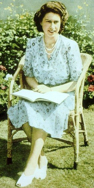 This picture was taken to commemorate Princess Elizabeth's 21st birthday, while she was visiting South Africa