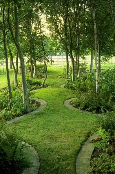 meandering bed lines. Bunny Guinness