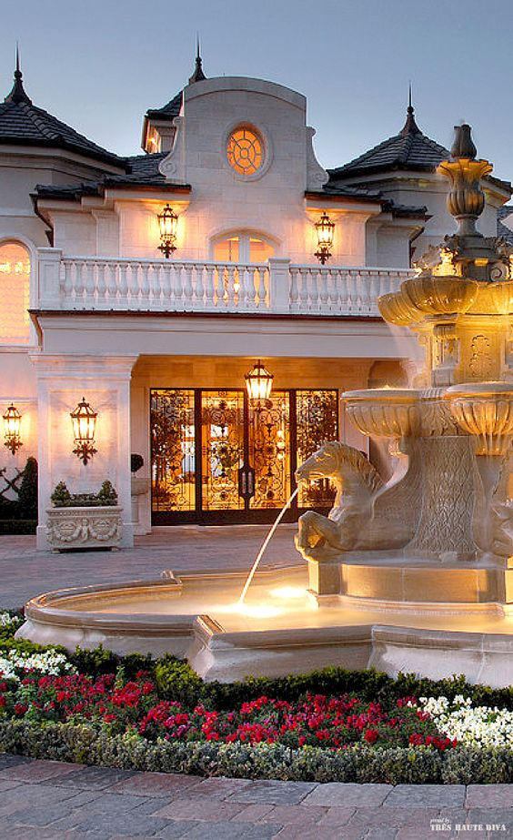 French chateau style driveway with fountain- LadyLuxury #casino #slots #blackjack: