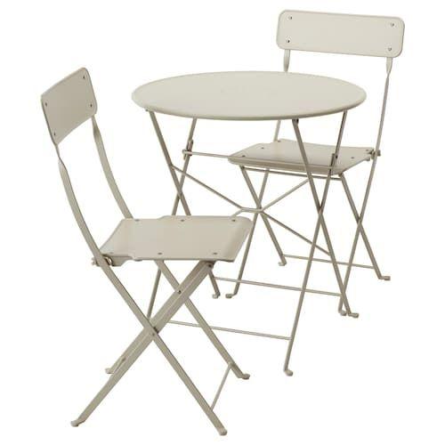 Sedie Pieghevoli Da Giardino Ikea.Saltholmen Bord 2 Klappstoler Utendors Beige Ikea Folding Chair Outdoor Dining Furniture Garden Table And Chairs