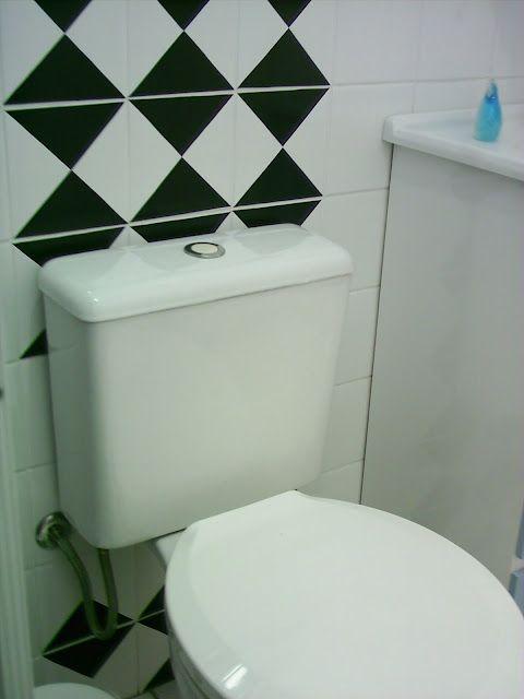 Blog de Decorar: Banheiro Decorado com Adesivo, Papel Contact e Pastilhas Adesivas: