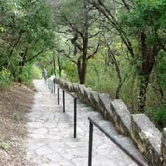 Mount Bonnell Park - Beautiful Austin Texas - Top 5 Free Things to do in Austin