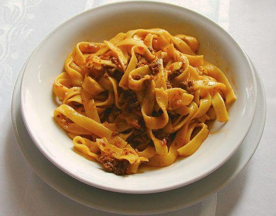 Fettucine al ragu bolognese