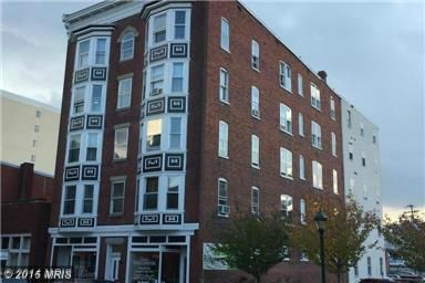 Opportunity to adquire a Portfolio totaling 34 Units,This is Historic, five story, brick, retail/apartment building containing 18,280 Sq.f and housing a total of 18 apartment units and two commercial units, The apartment unit mix includes all two bedroom/one bathroom units in two styles.