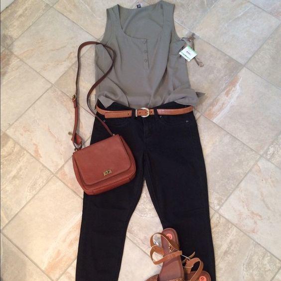 Anne Klein sage green blouse size 8 Sage green sleeveless blouse. Size 8. Fits medium. Anne Klein Tops Blouses