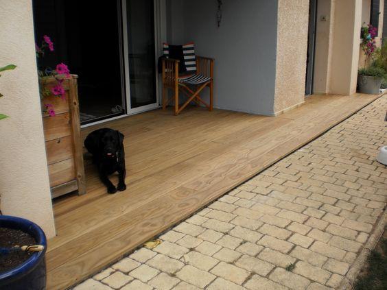 Terrasse en bois Pin radiata Fixations invisibles Happax Pose sur