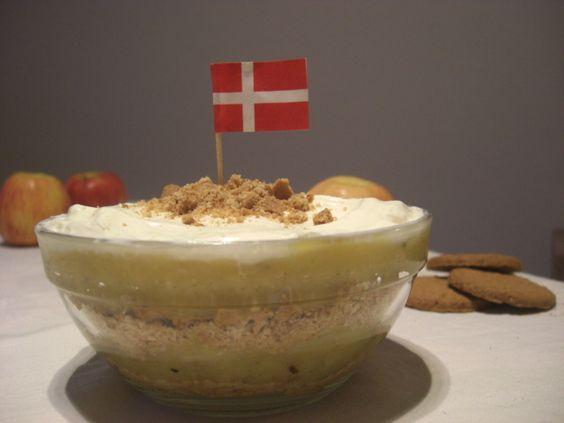 Dänisches Apfeldessert   Æblekage