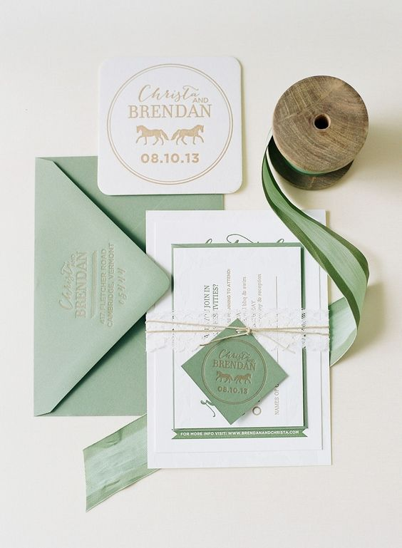 Green Wedding Letterpress invitations | Fab Mood #weddingcolor #colorschemes