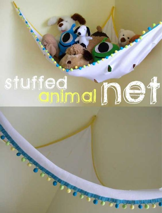 Stuffed animal net. - Top 28 Clever DIY Ways to Organize Kids Stuffed Toys