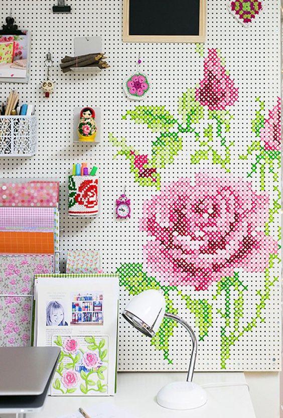 paneles perforados rosa britco -