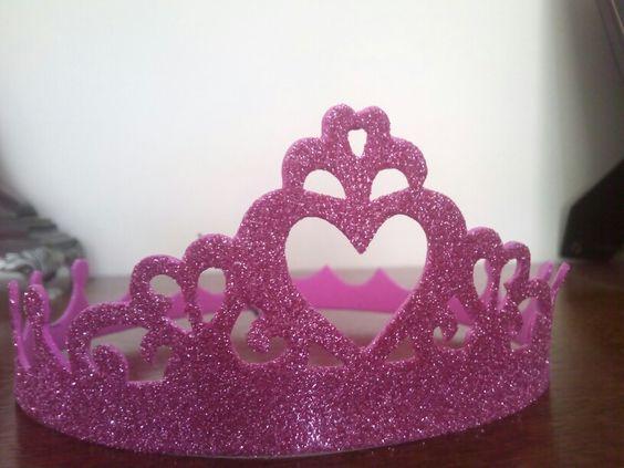 Corona de princesa de goma Eva goma Eva con purpurina en multipapel http//