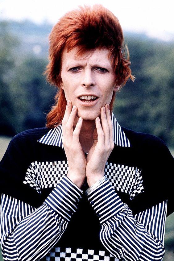 Best Dressed Briton – David Bowie – BBC History Mag (Glamour.com ...