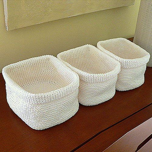 Crochet Rectangle Basket Pattern Free : Crochet baskets, Free pattern and Baskets on Pinterest