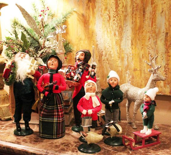 Joy And Noel Holiday Caroler: Display And Caroler On Pinterest