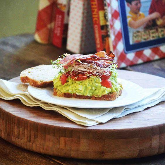 Bakeaholic Mama: Bacon Ranch Avocado Egg Salad Sandwich (My new favorite!)