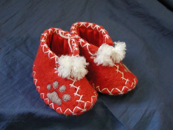 These are the cutest booties!  Photo credit: Photo courtesy of Snow Leopard Trust.  Photo location: Seattle, WA USA