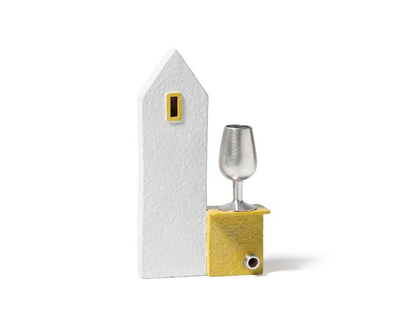 Xavier Monclús Brooch: Welcome house, 2016 Silver and enamel painting 55 x 30 x 12 mm: