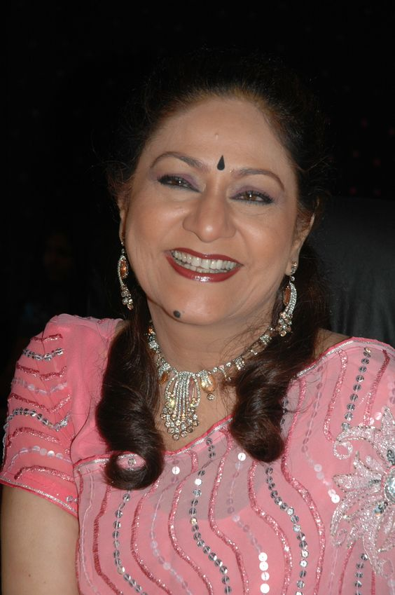 Bollywood Actress Aruna Irani: Top Movies