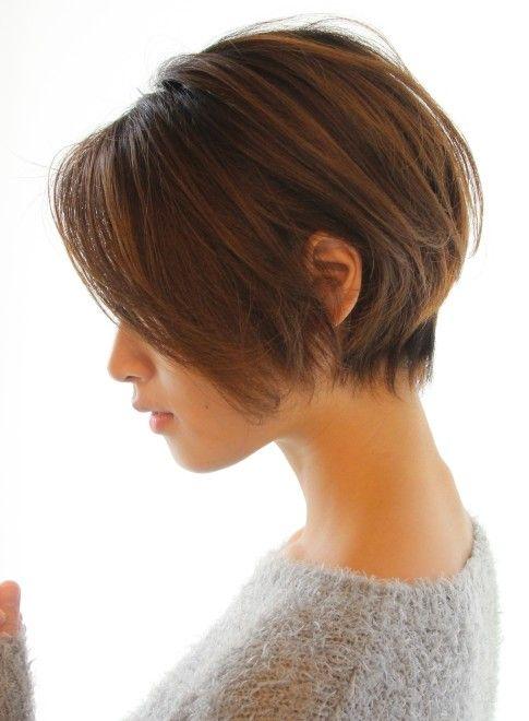 30代40代50代ひし形耳かけショート 髪型ショートヘア ビューティーナビ ヘアスタイル 50代 ヘアスタイル 耳かけショート