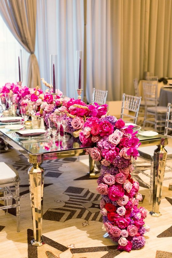 K'Mich Weddings- wedding planning - centerpiece alternatives - An Intertwined Event: Glamorous Terranea Wedding : Intertwined Floral Runner, Mirrored Table