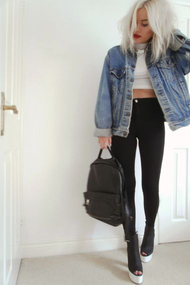 white turtleneck + skinny black high waisted pants + oversized denim jacket: