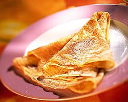 receita de crepes simples: Food Recipes For Kids, French Food Recipes, Favorite Recipes, Crepes Heaven, Cooking Recipes, Pancake