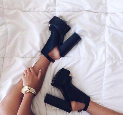 Chunky heels! Shoes!!