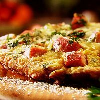Great for Sunday Brunch: Smoked Ham, Gruyere and Caramelized Onion Frittata by Food Network