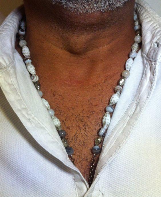 COLLIER pierre & perles 85€
