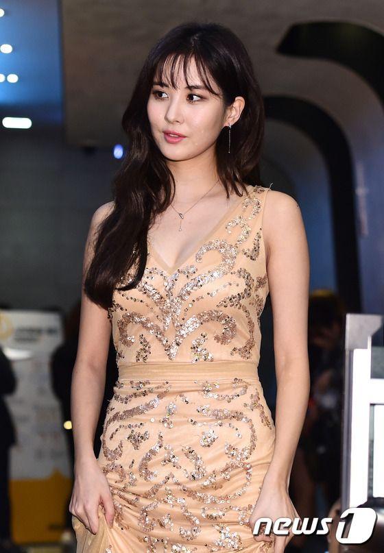 Snsd Seohyun And Yuri At The Red Carpet Of 2016 Dmc Festival Korean Music Wave Korean Beauty Girls Seohyun Girls Generation