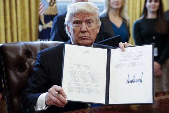 契約書 トランプ大統領