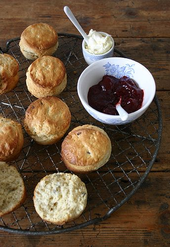 Totally became addicted to scones last week in the U.K. My goal is to master baking them this summer! These look yummy!