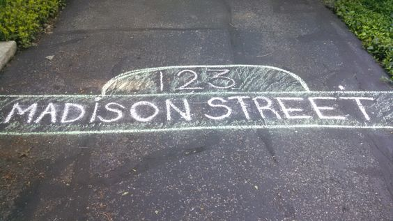 Sidewalk decorations for my toddler's birthday (inspired by Sesame Street)