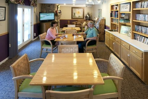 Book Country House Resort In Sister Bay Hotels Com In 2020 Door County Hotels Door County Hotel Door