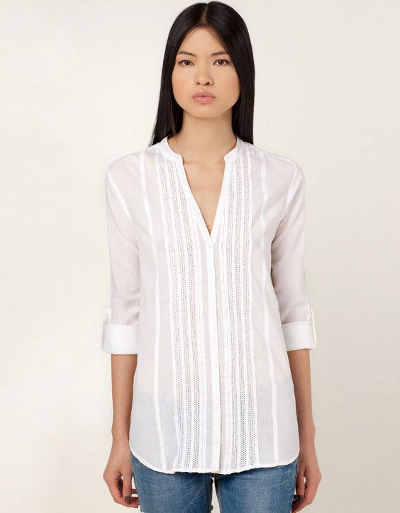 Klasyczna koszula z plisami i stójką