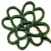 Ruth's Celtic 4 leaf Clover, tatting pattern by Ruth Perry