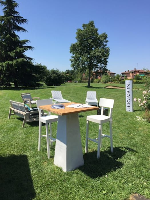Tavolo E Sedie Esterno.Evento Golf Club Modena Arredo Da Esterno Gervasoni Giardino