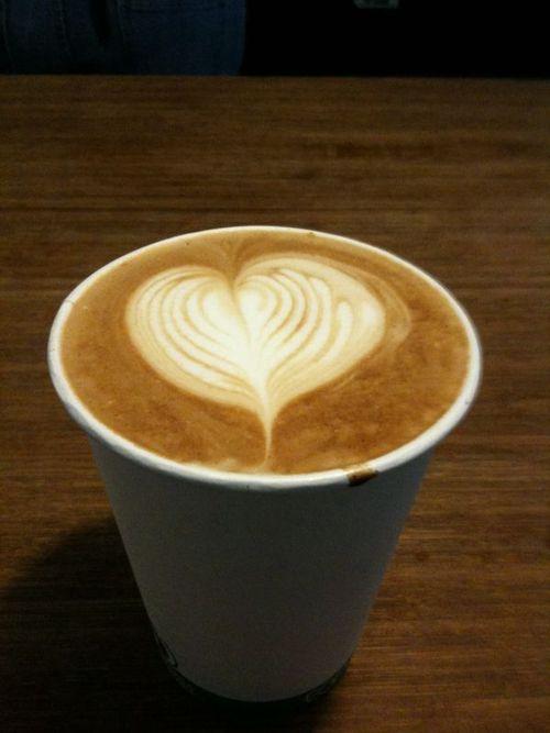 Guerilla Cafe Latte Made With Blue Bottle Coffee Cafe Latte Latte Blue Bottle Coffee